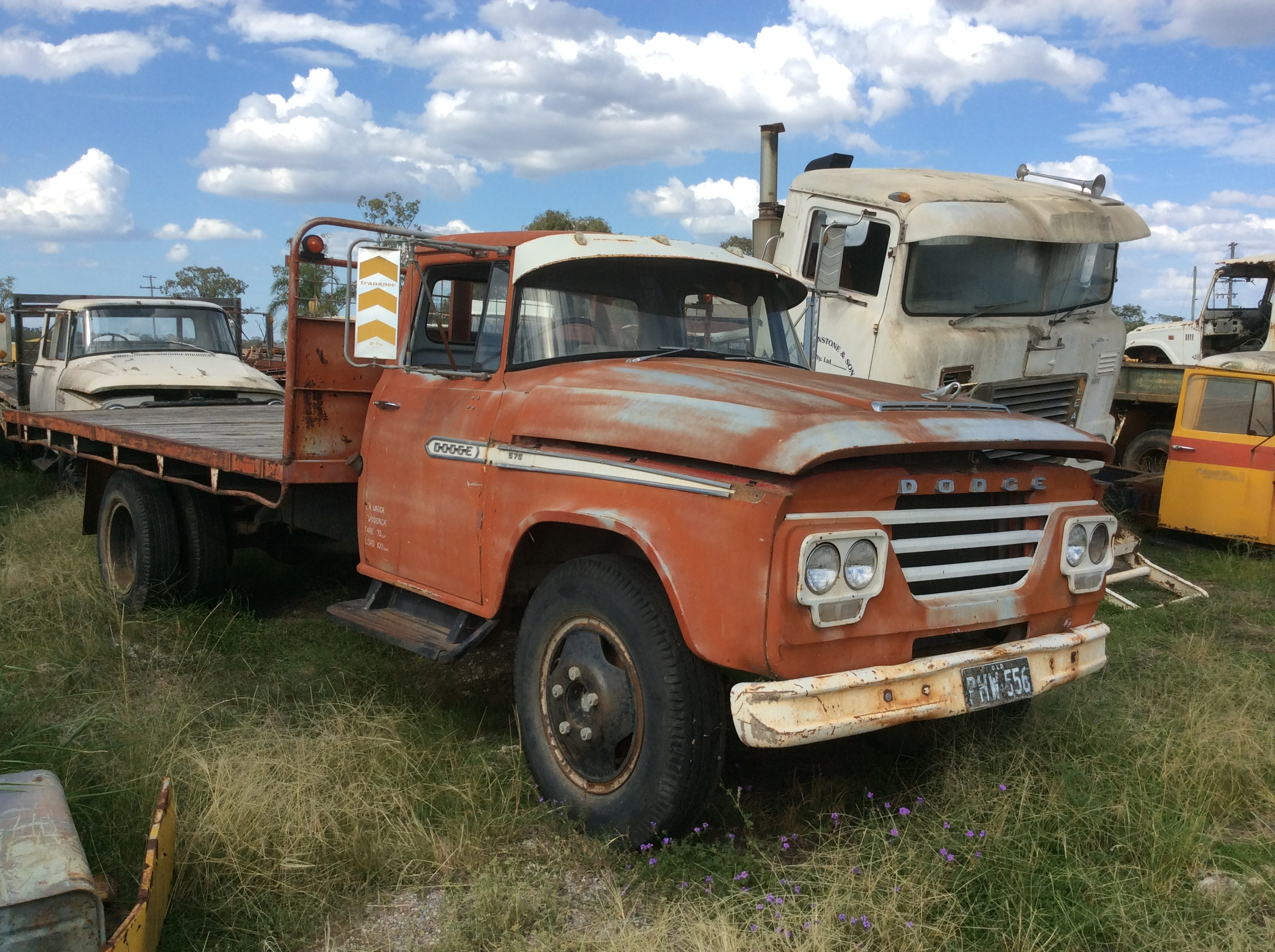 Dodge AT4 575 Truck - Truck & Tractor Parts & Wrecking