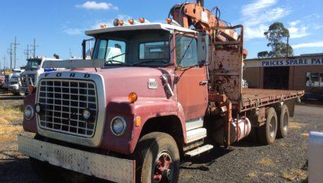 Ford Louisville 8000 Truck