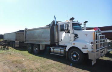 Kenworth 401 Truck