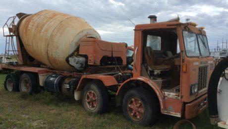 Mack MIR 700 Truck