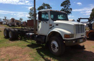 International 4900 Truck