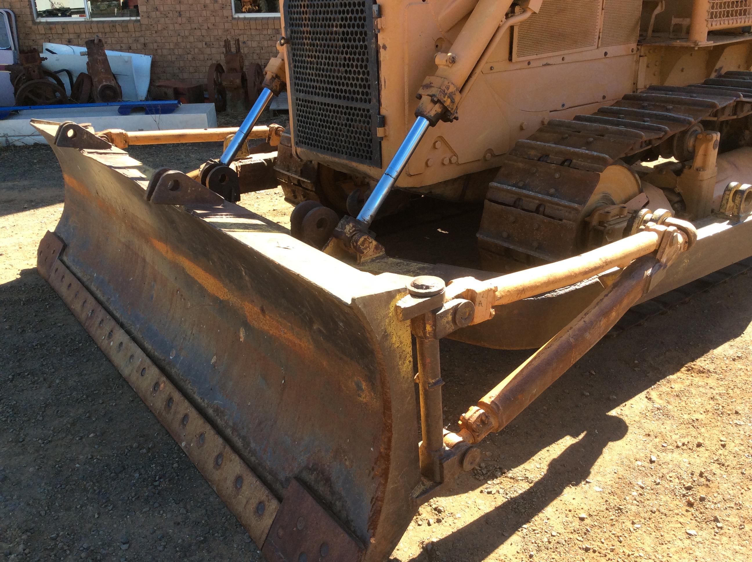 Caterpillar D6C 82A (4) - Truck & Tractor Parts & Wrecking