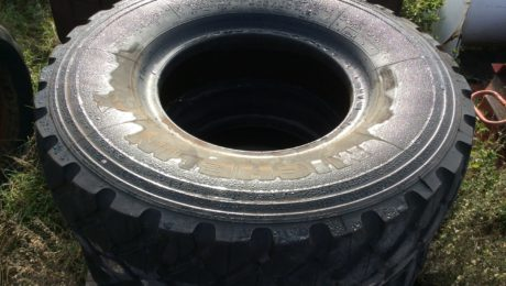 365 85 R 20 Tyres