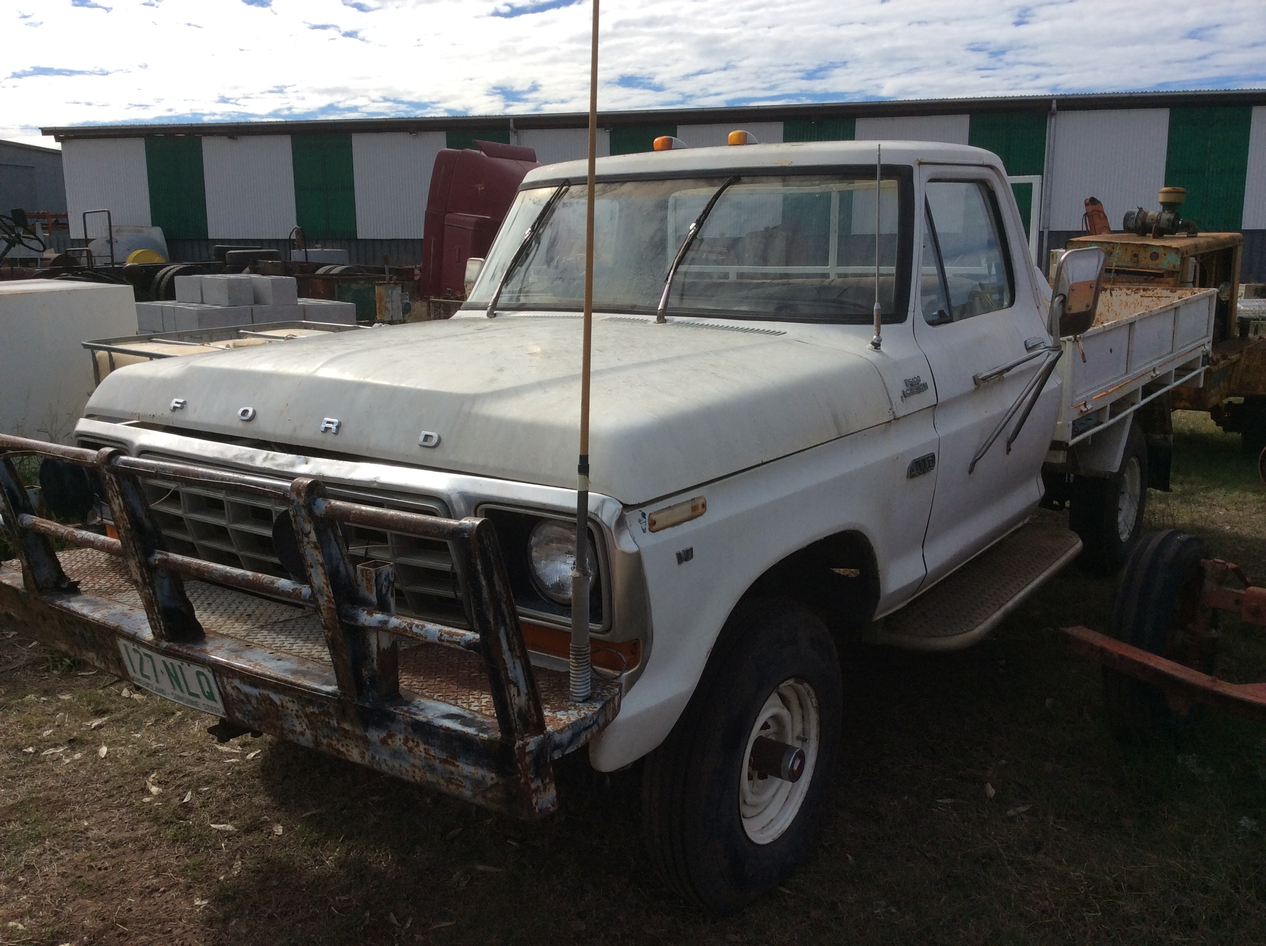 Ford F100 - Truck & Tractor Parts & Wrecking