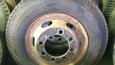 825 x 20 Tyres