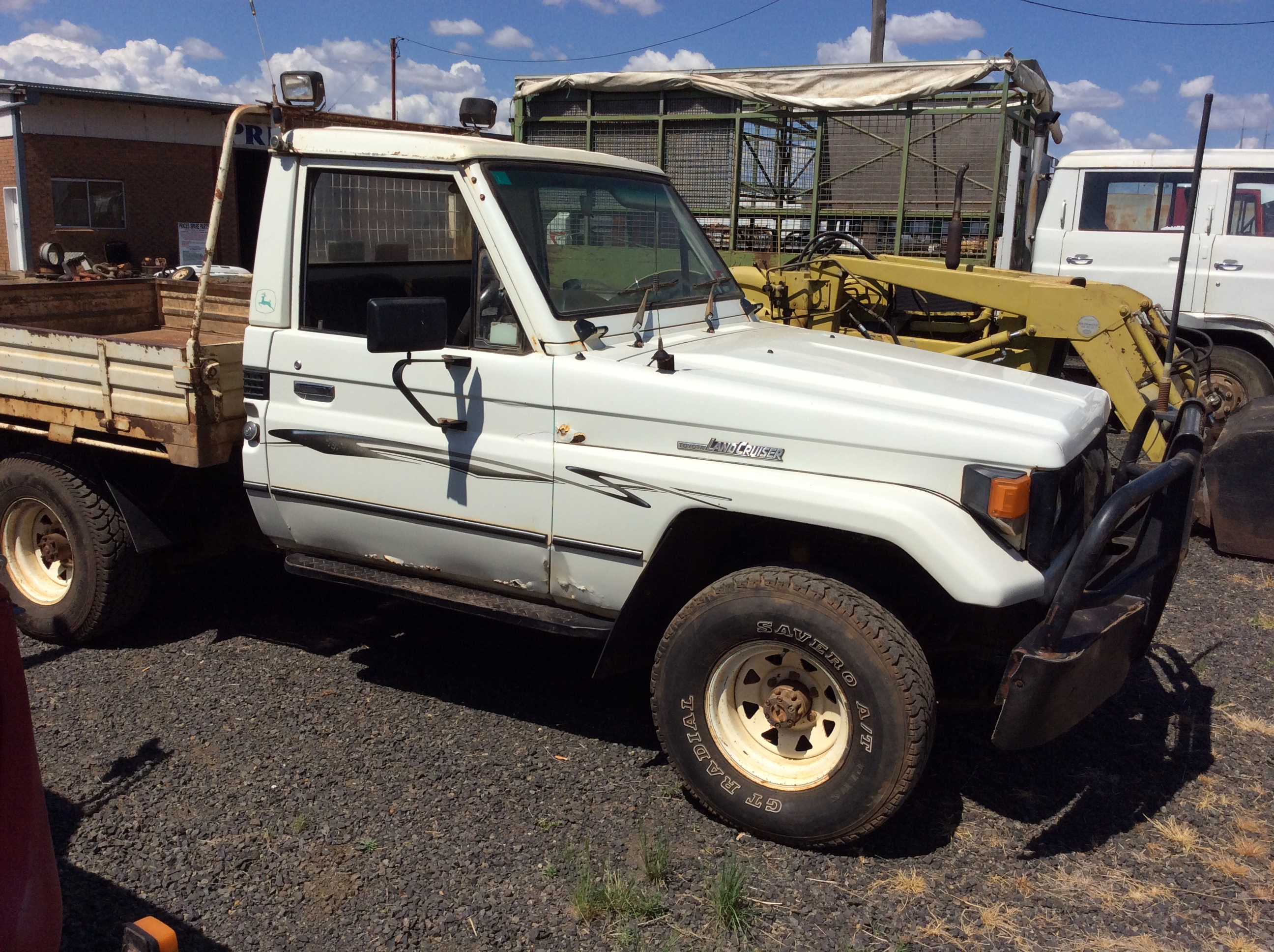 Toyota Landcruiser Ute - Truck & Tractor Parts & Wrecking