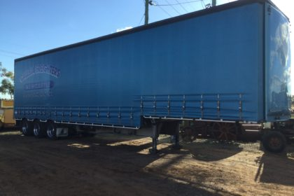 Freighter Maxitrans Drop Deck Trailer