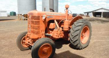 Chamberlain 45KA Tractor