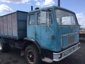International Acco 1830A Tipper