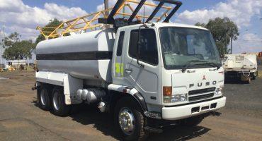 Mitsubishi Fuso FN600 Water Truck