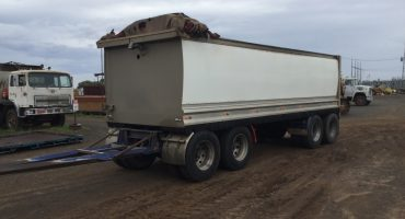 Quad Tipping Dog Trailer