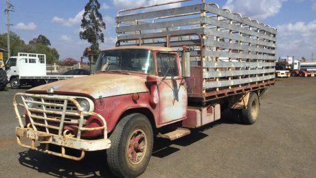 International CD1840 Truck