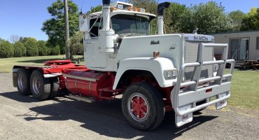 Mack Superliner Mark II